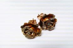 Earrings in gold with diamonds (Roses)